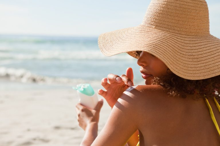 Know Everything About Sunscreen For Enjoying Many Benefits